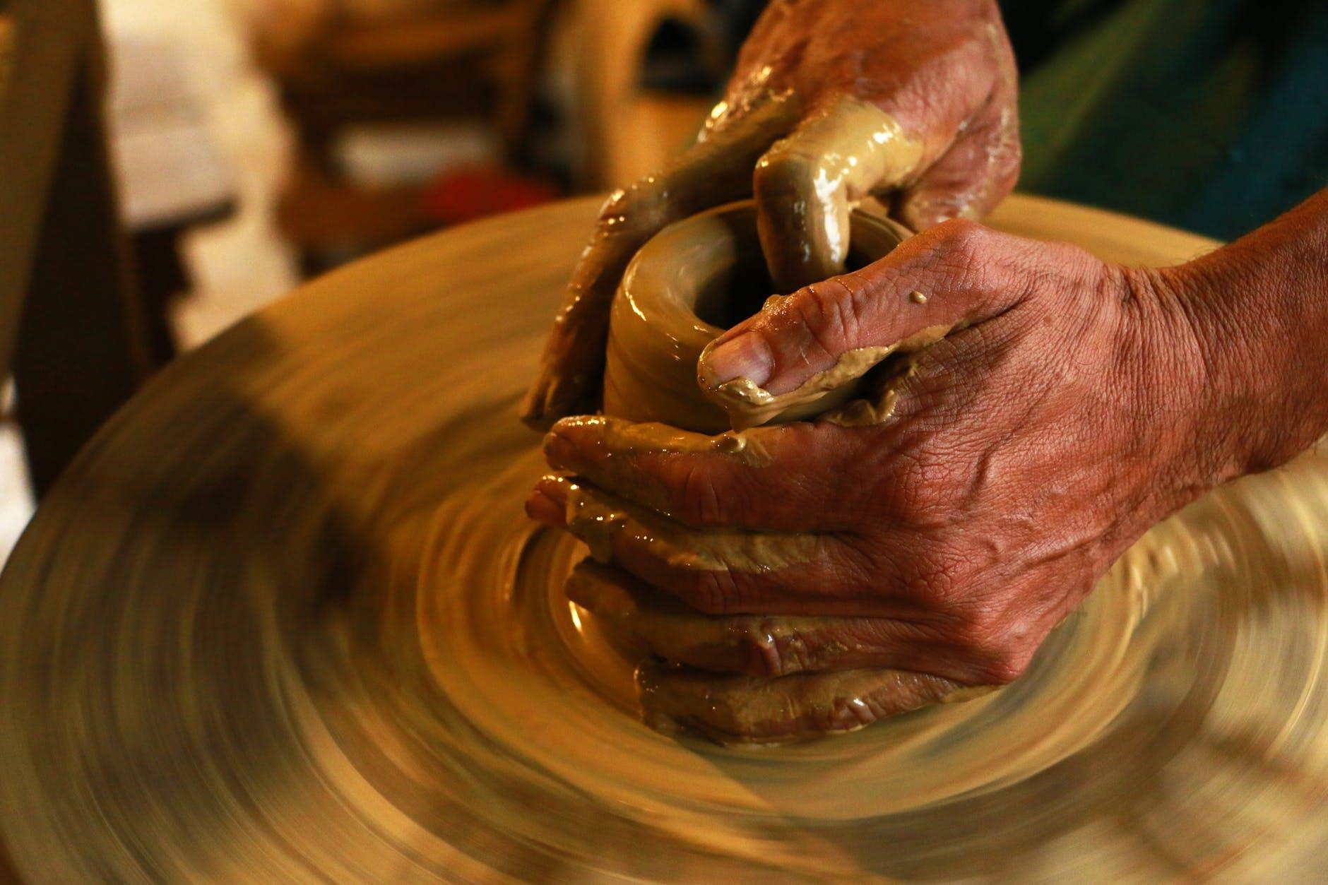 handmade ceramics pottery workshop